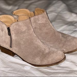 Lucky Brown suede ankle booties size 8.5